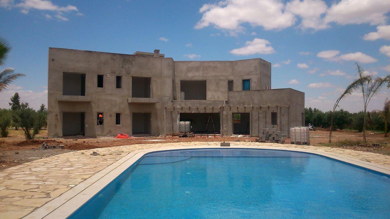 Activites de isobati sarl maroc for Construction piscine rabat